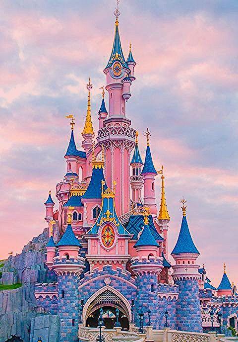 Photo of Disneyland in Paris   All About The Disneyland Site in Paris
