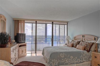 770 S. Palm Avenue #1102 | Downtown Sarasota Rental Property | Jennette Properties