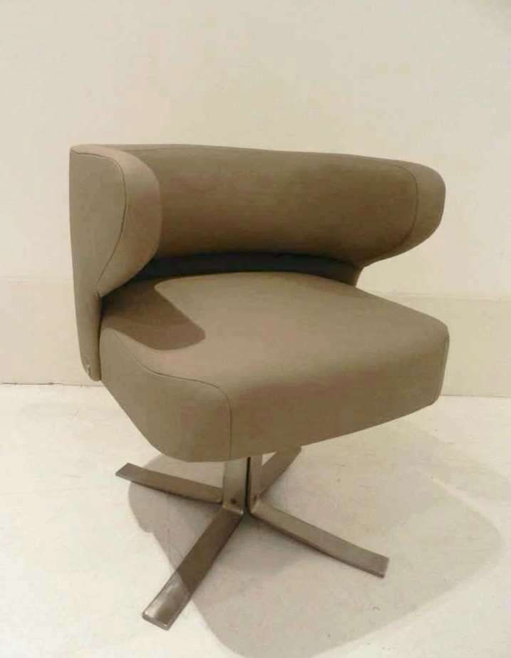Gianni Moscatelli Swivel Chair For Formanova 1970S Z Extraordinary Leather Swivel Dining Room Chairs 2018
