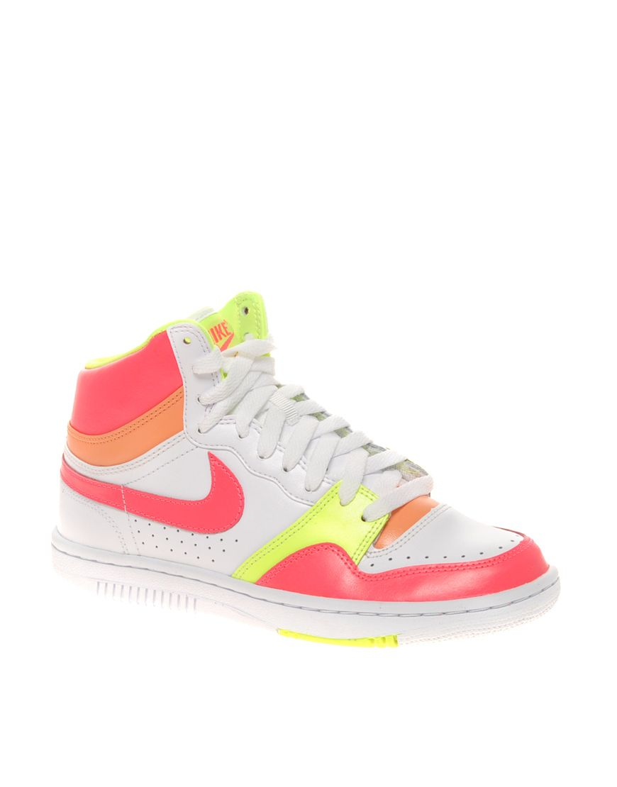 ed1177136da615 I want a pair of Nike high tops so bad!!
