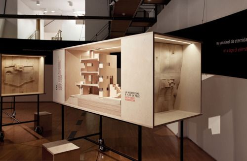 "Exhibition ""Lets talk about 7 houses in Cascais: Private life architecture"""