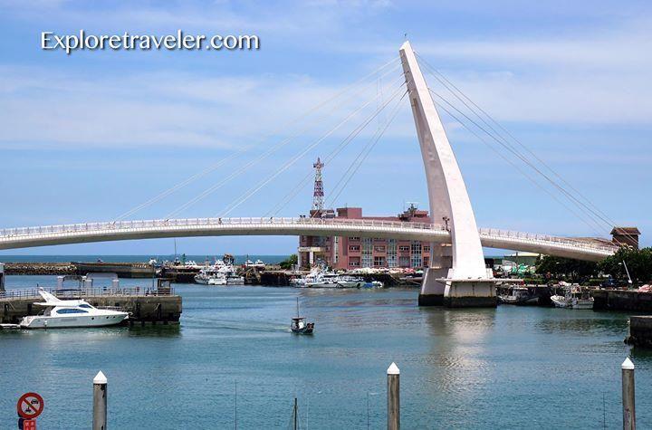 Puente de los Enamorados Danshui Taiwán  https:// exploretraveler.com/lovers-bridge- danshui-taiwan/?utm_source=ReviveOldPost&utm_medium=social&utm_campaign=ReviveOldPost …