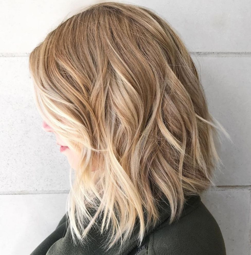 Beachy Shoulder Length Lob Haircut For Thick Hair Thick Hair Styles Lob Haircut Thick Hair