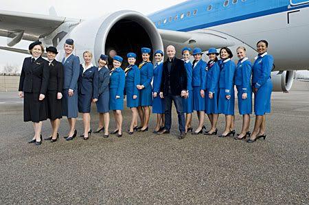 Klm flight attendants klm pinterest azafata for Oficinas de klm