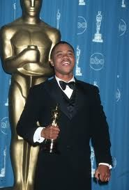 Cuba Gooding, Jr. wins Oscar in Best actor in supporting role, for