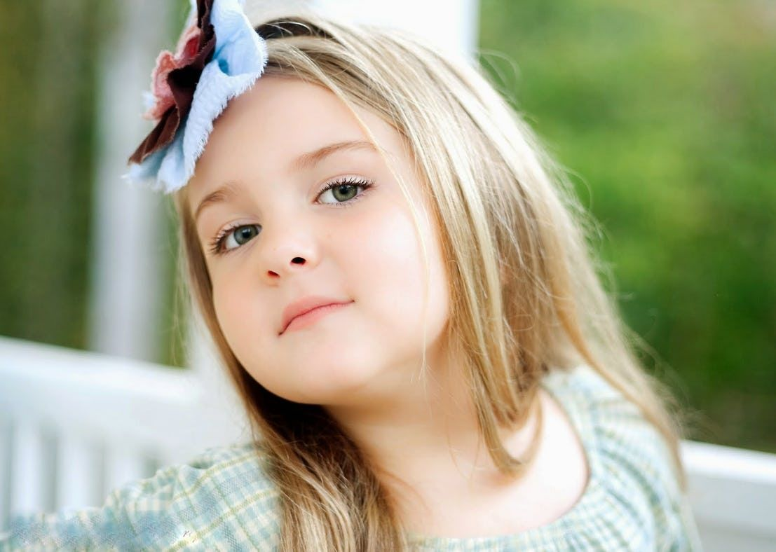 30 Of The Most Feminine Girl Names That Made Our Hearts Skip A Beat Cute Baby Girl Wallpaper Baby Girl Wallpaper Baby Girl Photography