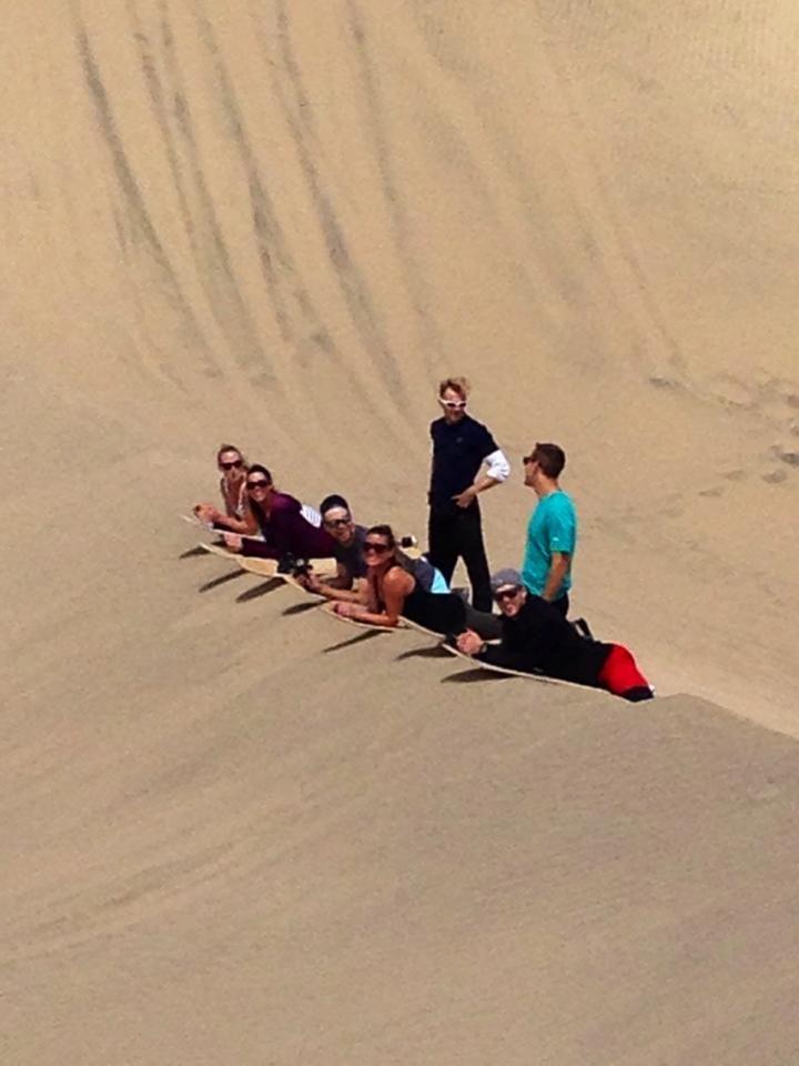 Sandboarding en las dunas de Huacachina-Ica-Perú Peru.