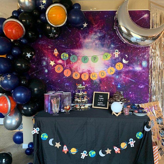 Deep Space DIY Balloon Garland Kit. Beautiful balloon arch