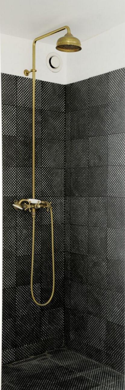 Tiles Wunderkammer Paris Handmade Lavastone Ceramics Terra Cotta Carrelages Made A Mano Salle De Bains Www Thewunderkammers Com Fliser Toilet Projekter