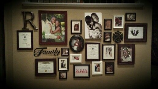 picture frames on the wall ideas - Google zoeken | Picture frame ...