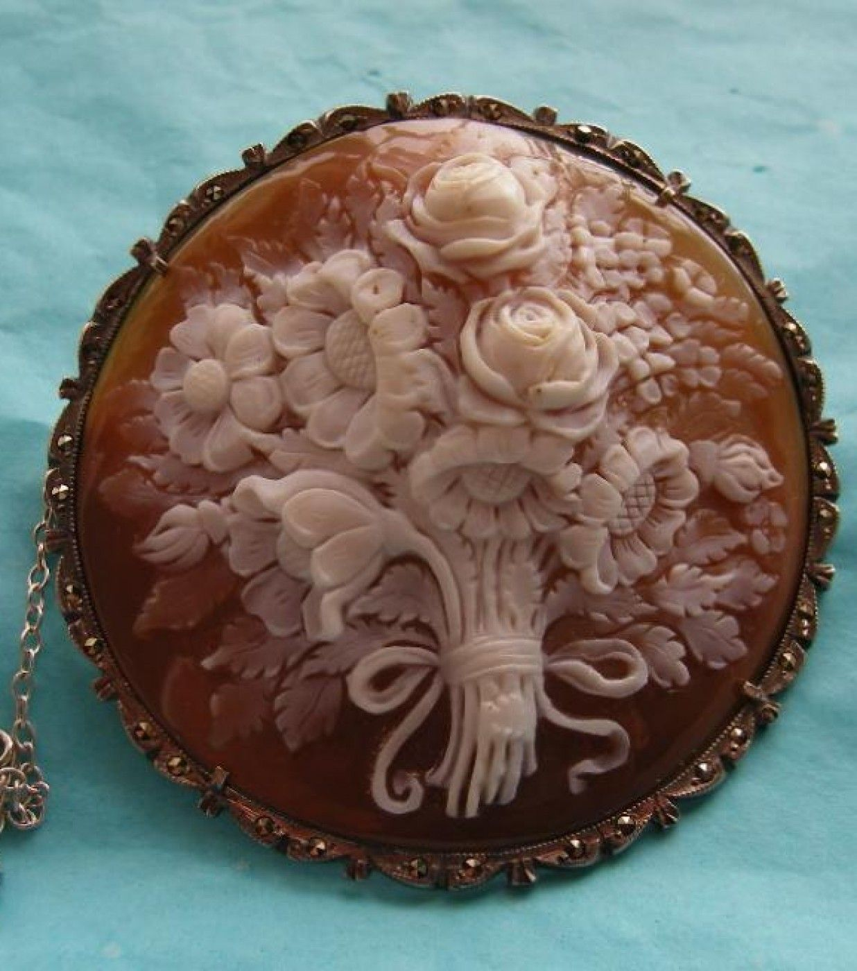 Antique Cameos: old victorian, shell, coral and hardstone