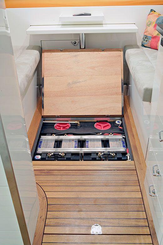 orangework mercedes sprinter 1113 wohnmobil. Black Bedroom Furniture Sets. Home Design Ideas