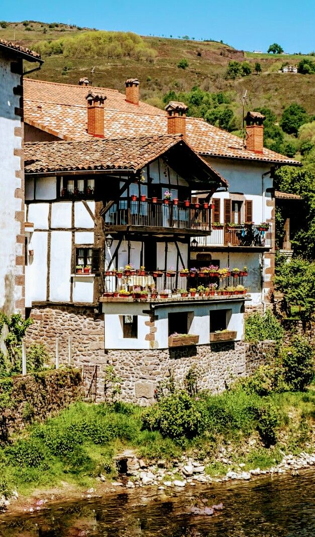 Navarra espanha why i love europe pinterest espa a - Casas rurales pais vasco frances ...