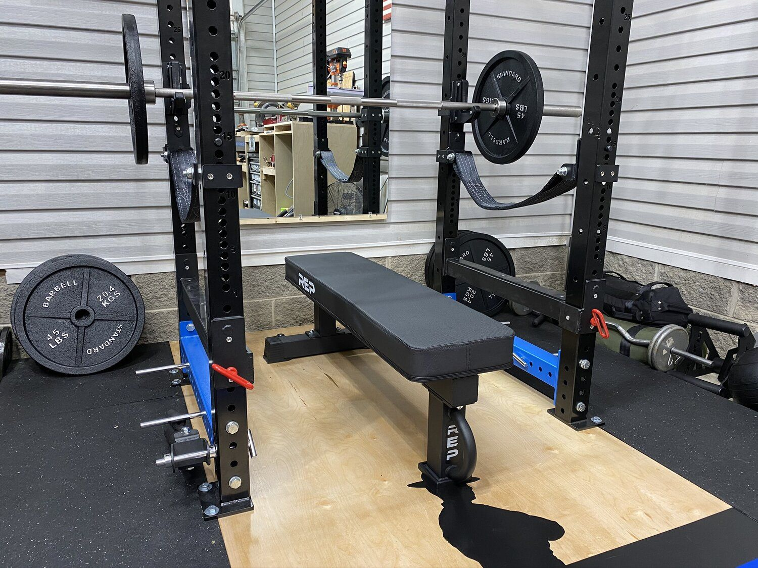 Rep Fitness Fb 5000 Flat Bench And Pr 4000 Power Rack In 2020 Home Gym Bench Power Rack Home Gym