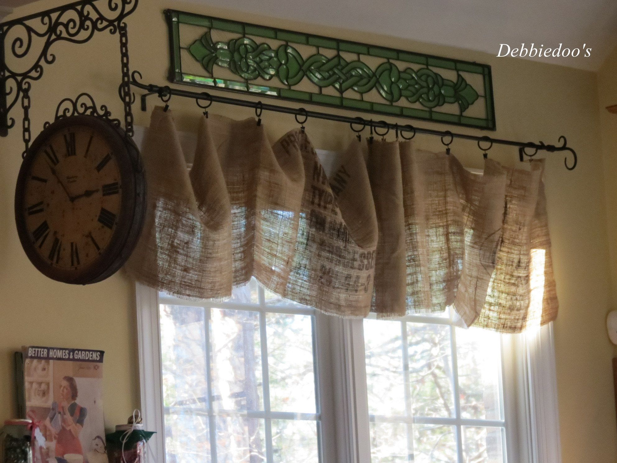 Burlap window treatments - Christmas Decor In A Country French Rustic Kitchen Debbiedoo S