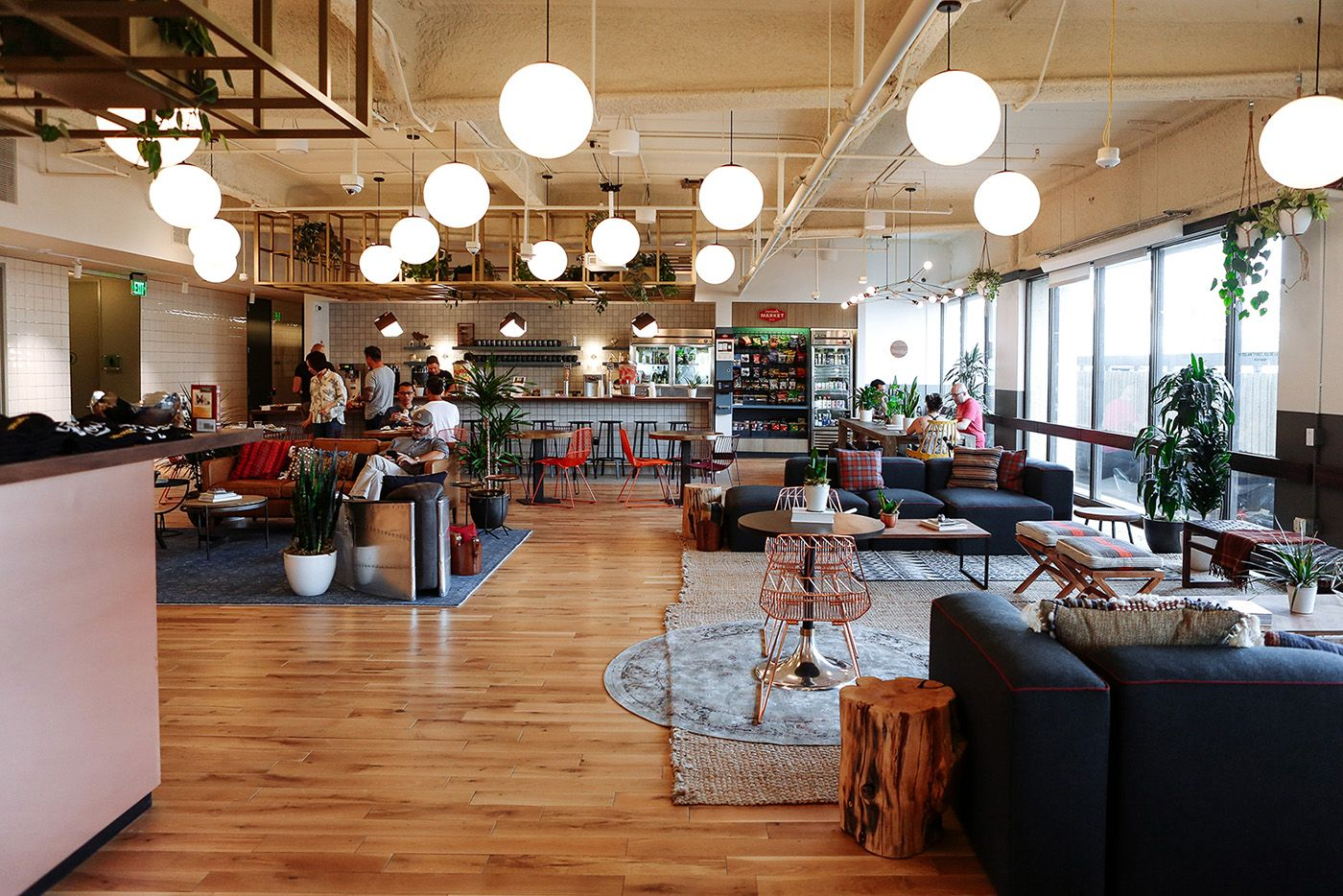 An inside look at wework s pasadena coworking space for Open bank oficinas