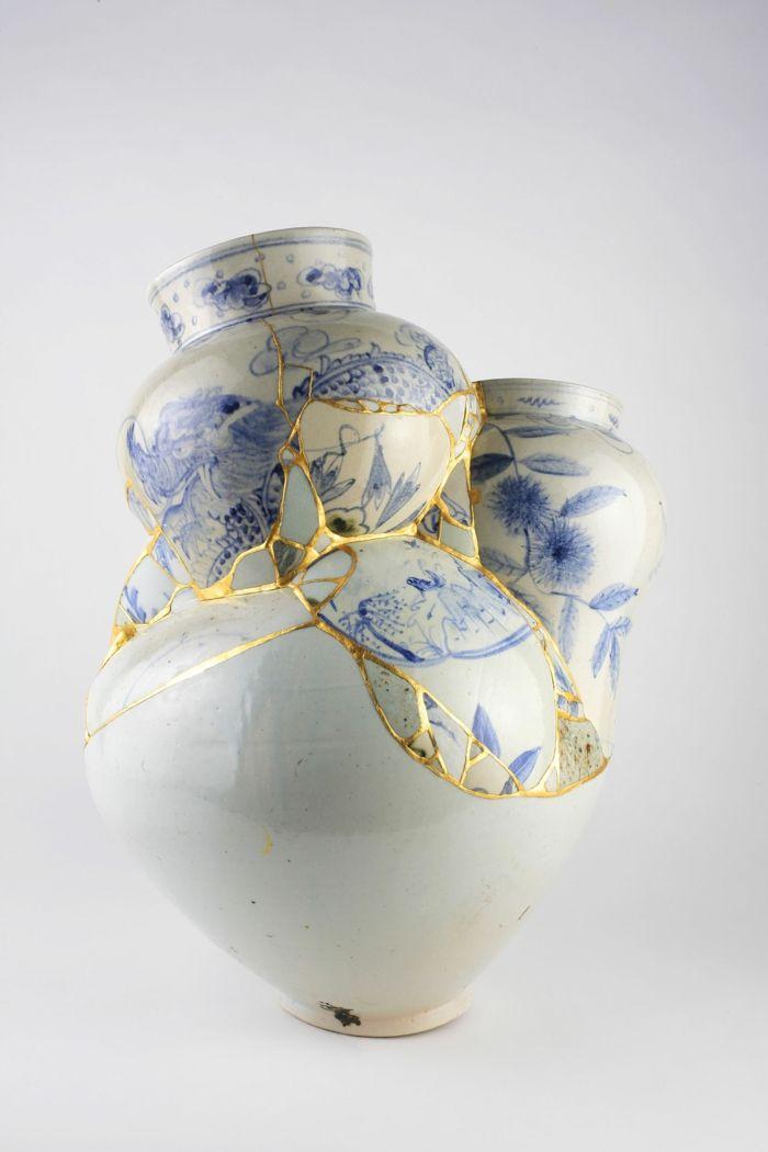 Kintsugi L Art Japonais De Réparer La Céramique Brisée Avec De L Or Art Japonais Art Poterie Japonaise