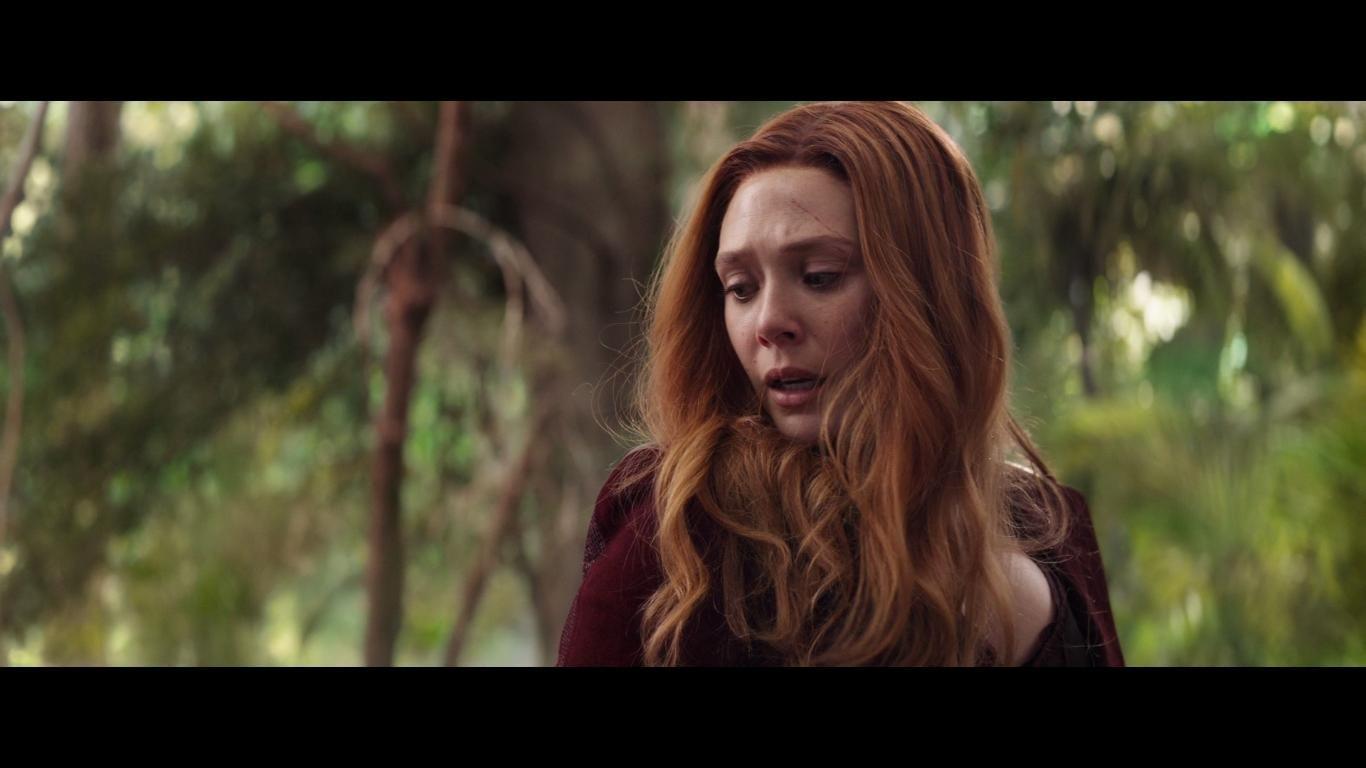 Elizabeth Olsen In Avengers Infinity War 2018 Elizabeth Olsen Scarlet Witch Scarlet Witch Female Avengers