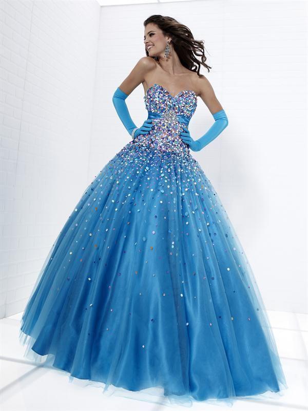 244138495 Vestido de 15 años- Gasa en los tonos azules con escote corazón ...