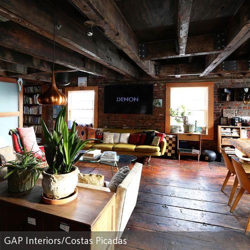 Stilmix im Holzhaus vintage Möbel, Holzhäuschen und Rustikal - traum wohnzimmer rustikal