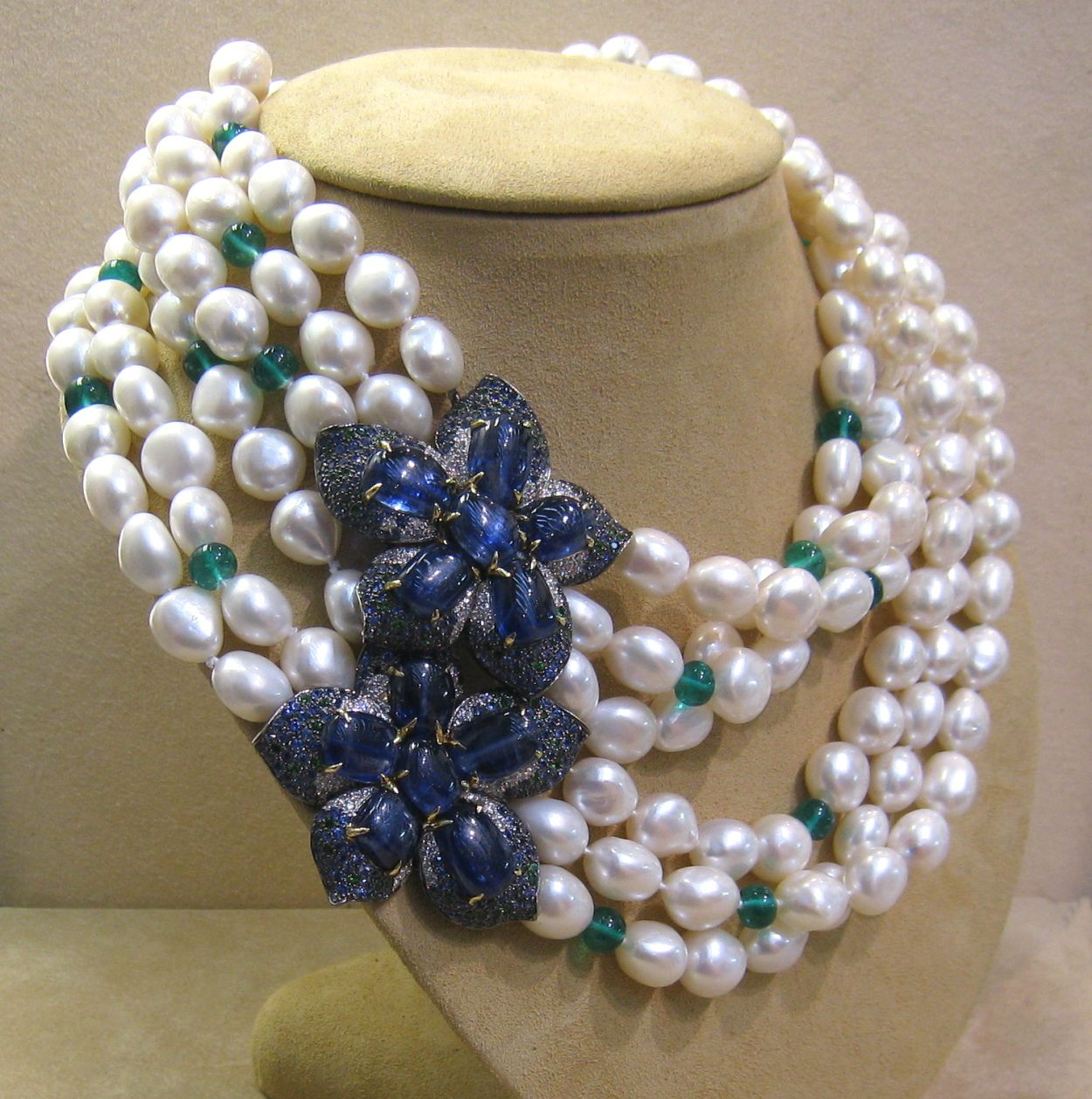 hottest the nov and of auction pearls pin diamond fellows lots sapphire