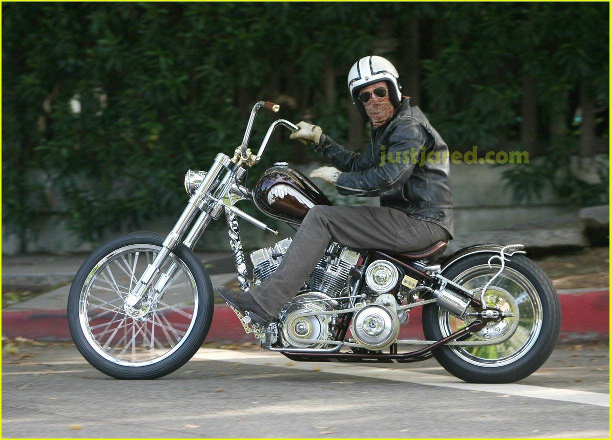 Pics photos brad pitt on motorcycle - Brad Pitt Motorcycle