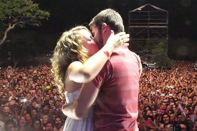 This might be the best marriage proposal of the year -- Will Staney tweets to Foster the People and asks the band to help him pull off a marriage proposal at their Austin concert. They actually responded and let him bring his girlfriend out on stage to pop the question. Awwww!!!!