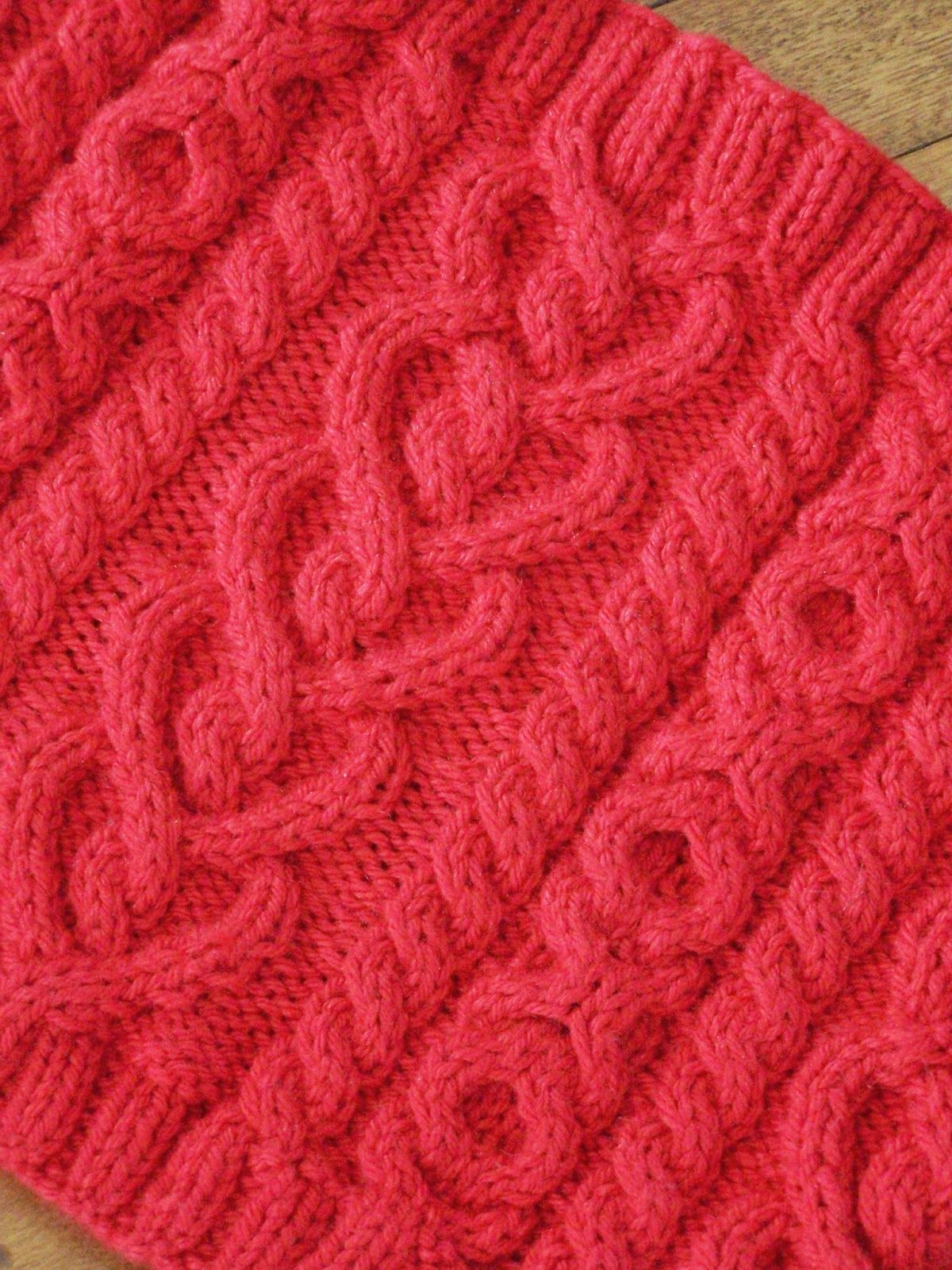 Delorme Designs: LOVE AND KISSES COWL. Heart Cable.  X's and O's Cable. Heart Cowl