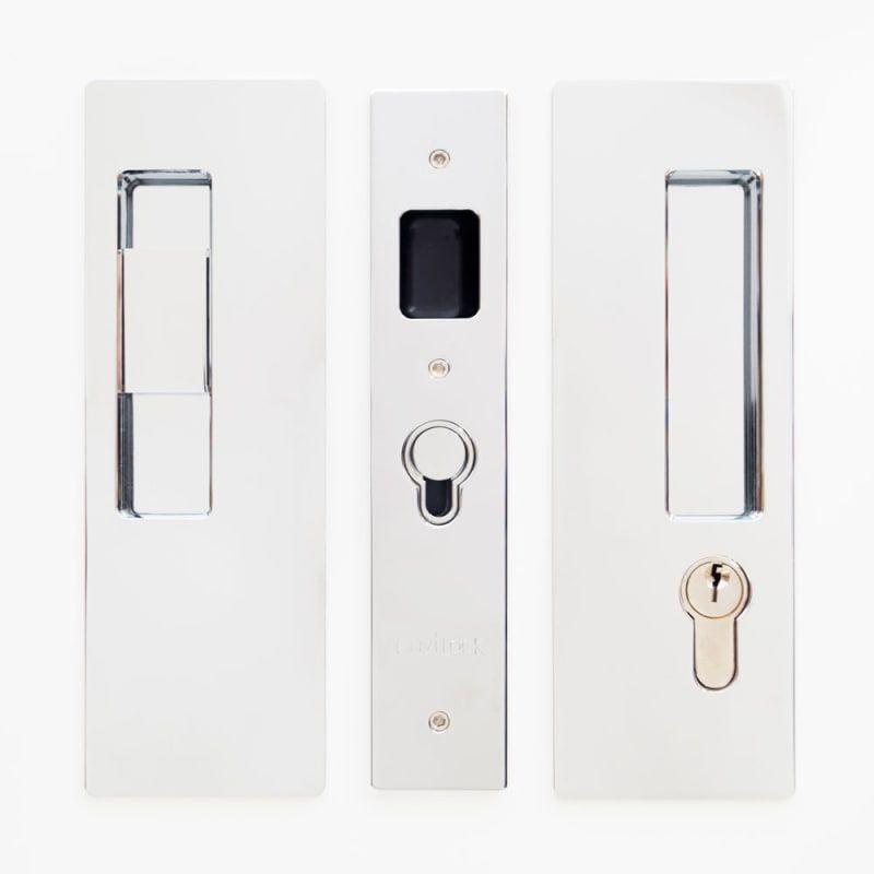 Cavilock Cl400c Ke 34 Lh Magnetic Keyed Entry Pocket Door Lock Set With Lh Snib Bright Chrome Pocket Door Lock Keyed Entry Single Cylinder Pocket Door Lock Pocket Doors Door Locks