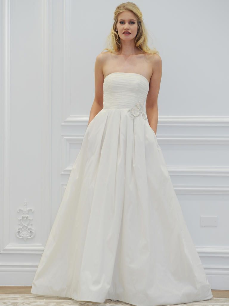 Anne Barge\'s Spring 2016 Wedding Dresses Are Inspired by the Gardens ...