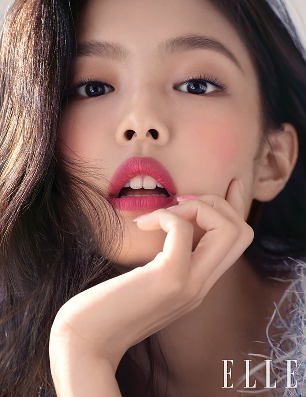 Blackpink S Jennie Features In Pictorial For Elle Korea March