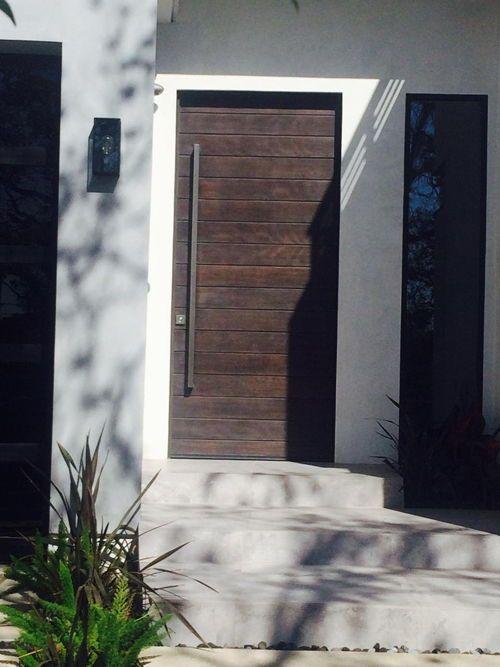 Multus Multi Horizontal Plank Wood Door Contemporary Front Doors Door Redo Doors