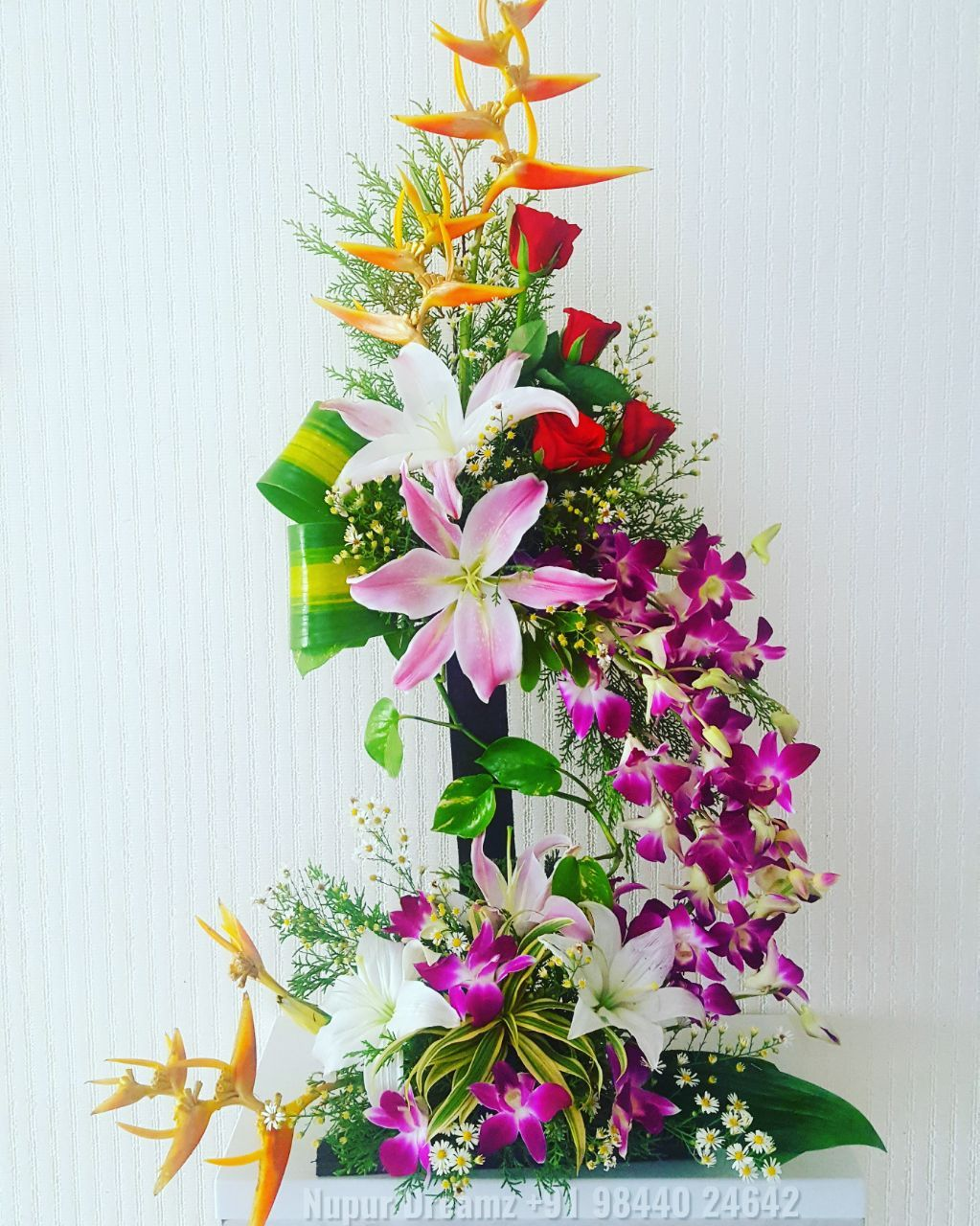 Send Flowers to Pune online delivery florist in Pune Rose