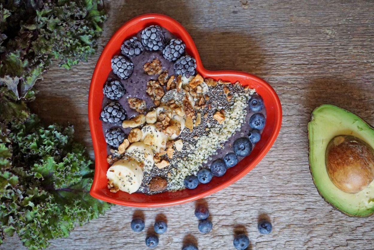 Top 5 Post-Yoga Snack Ideas + Purple Goddess Smoothie Bowl Recipe | Breakfast Criminals