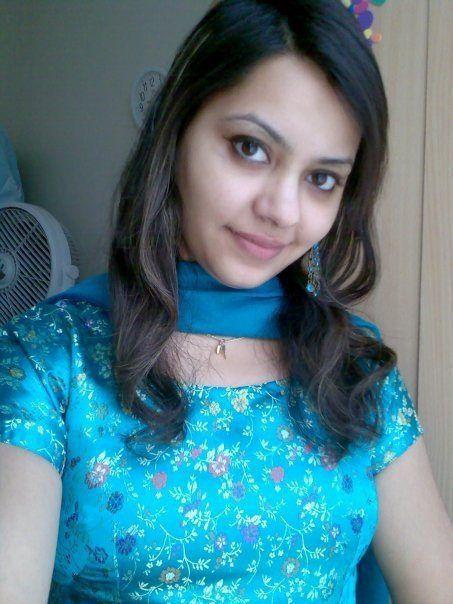 Photos girls pakistan muslim Hundreds of