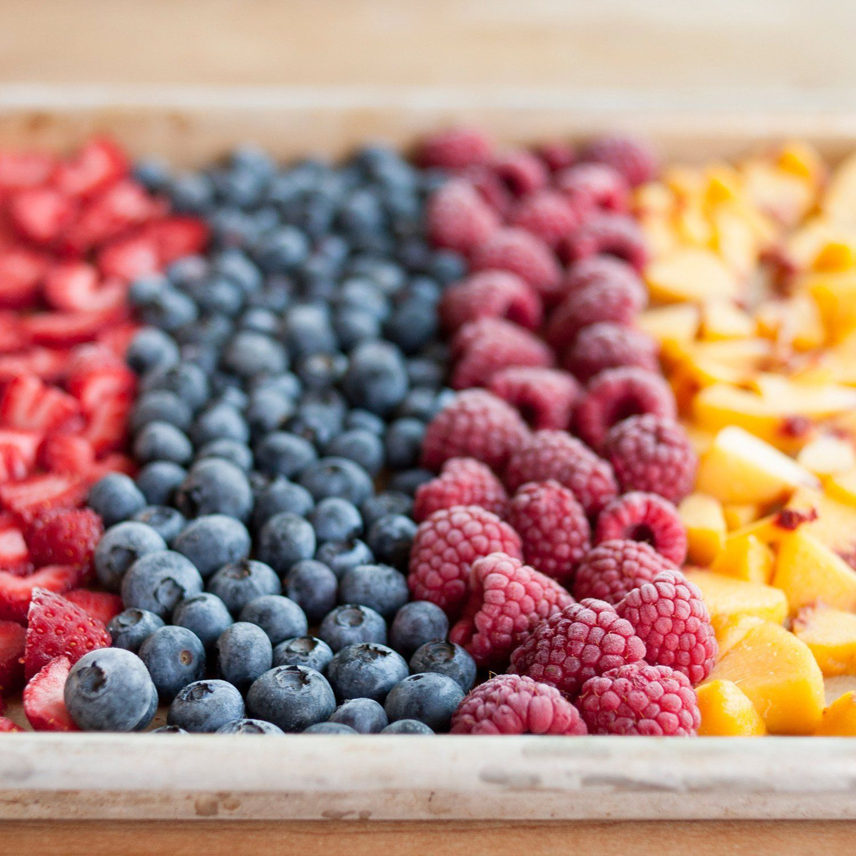 How To Freeze Fresh Summer Fruit Receita Ideias Receitas De Conservas Fruta De Verao