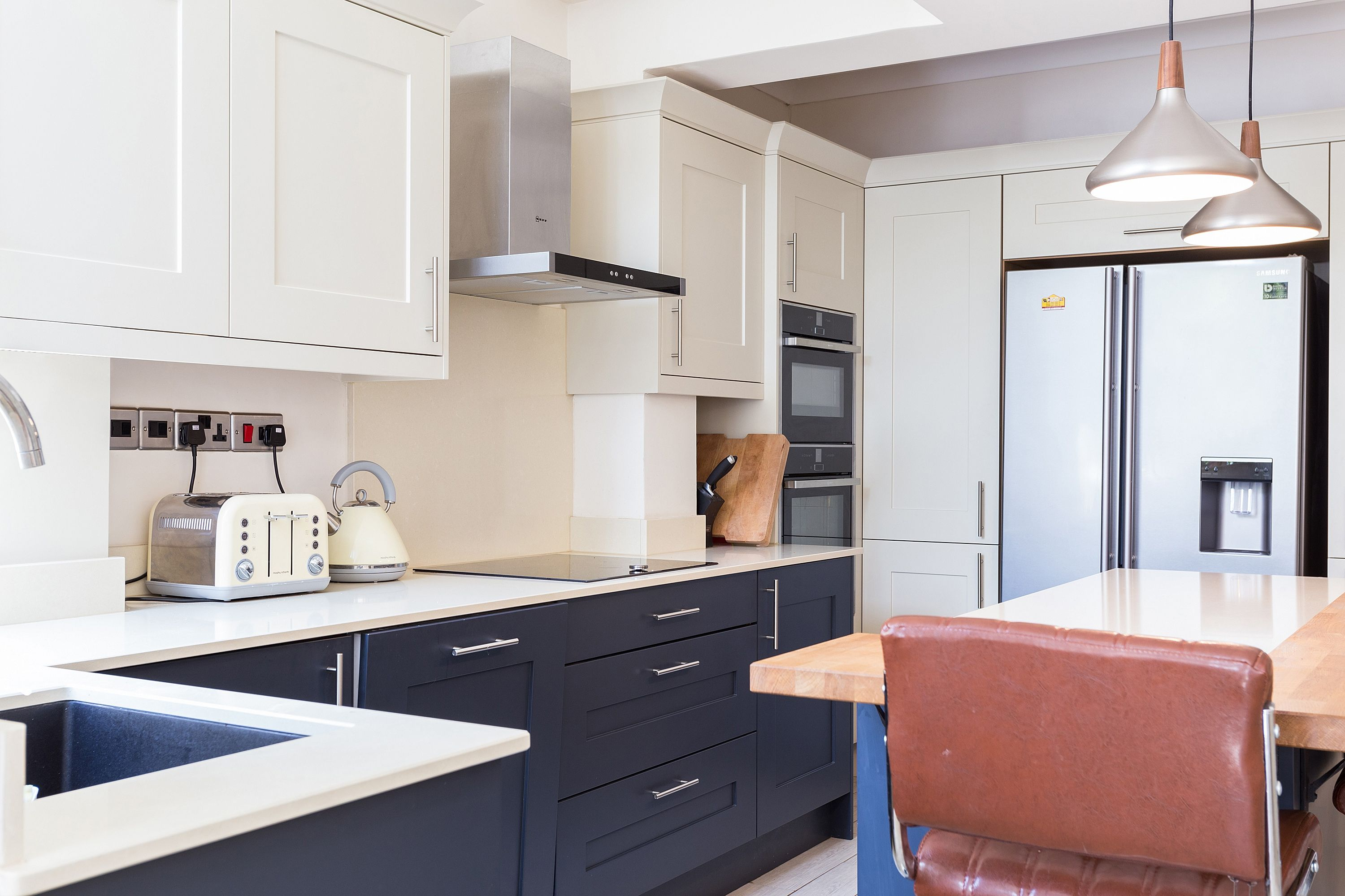 Best Second Nature Painted Broadoak Kitchen In Charcoal And 400 x 300