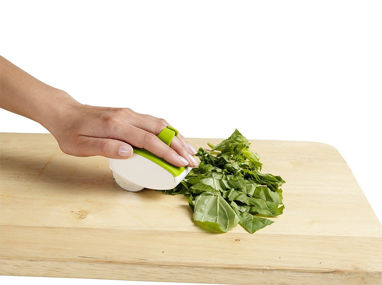 Amazon Com Chef N Palmmincer Fresh Herb Mincer Kitchen