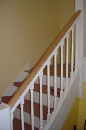 Stair railing designs and building codes in ash woodsy for Stair design code
