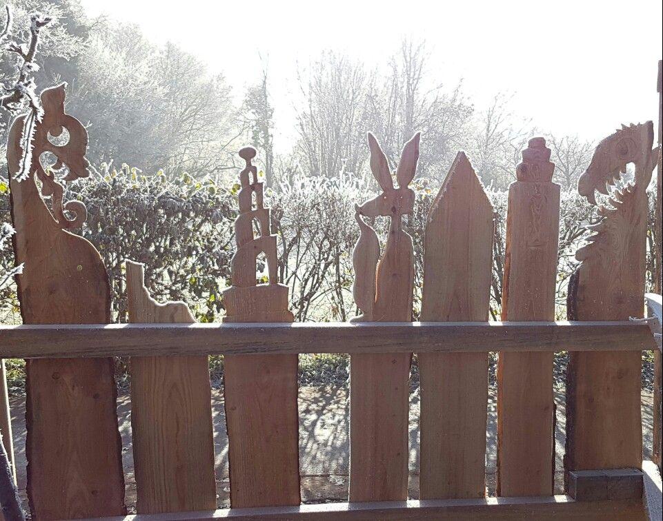 Holz Zaun Drachen Turm Fuchs Zaun Pinterest Zäune, Fuchs und - gartenzaun holz selber bauen