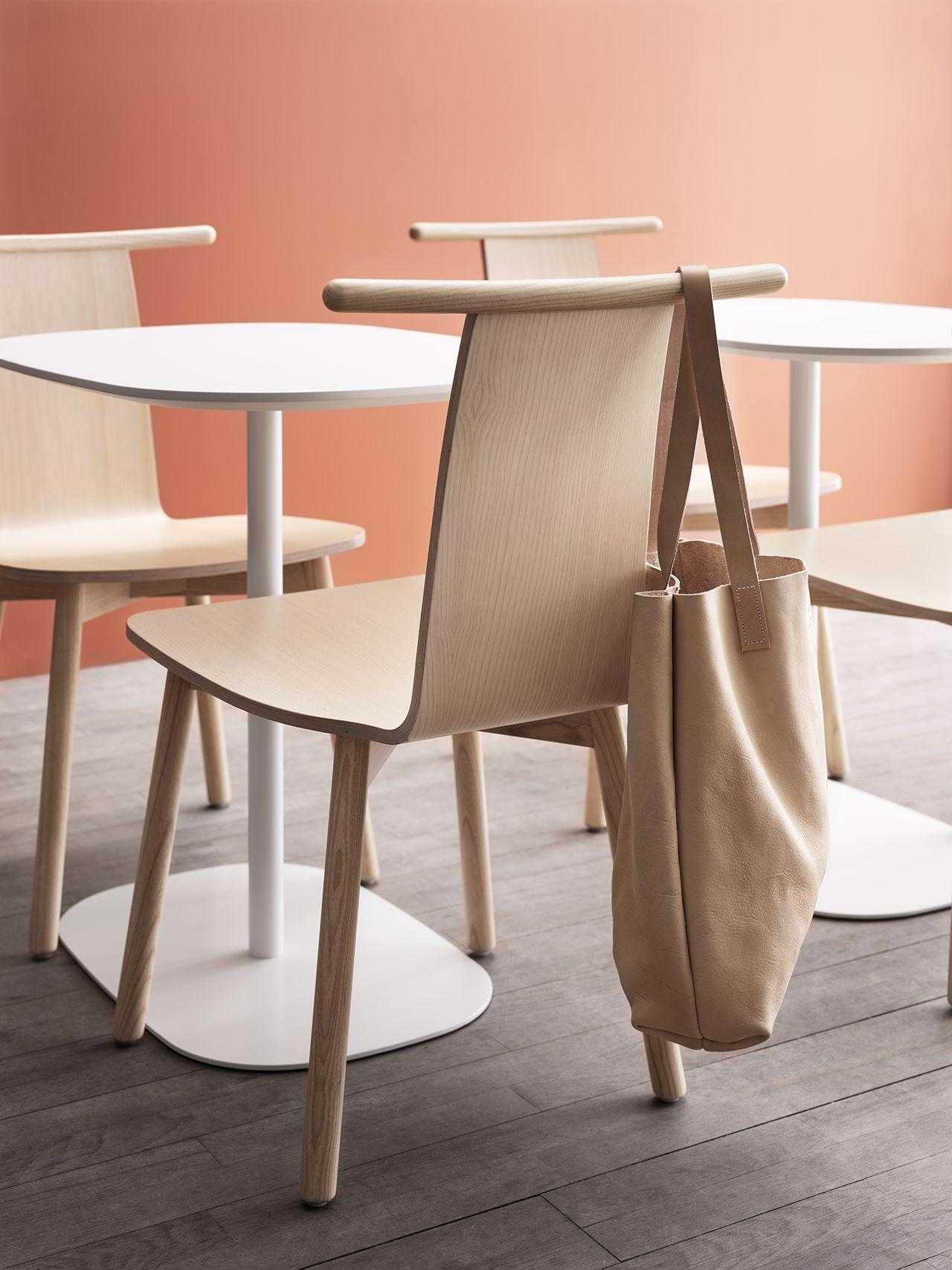 The Twig Chair From Skandiform Embodies Scandinavian Sense In 2020 Minimalist Chair Chair Design Wooden Furniture