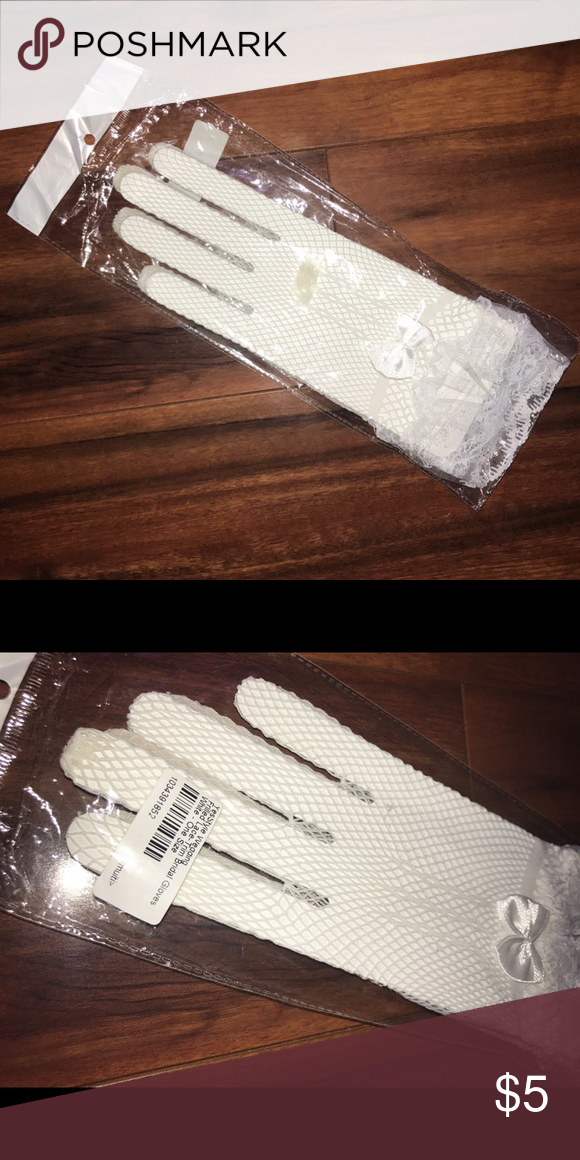 Bridal Gloves Lovely white lace & mesh bridal gloves | New in package | From Yesstyle | Receive free with any $15+ order | Add to bundle and offer total price minus $5 Accessories Gloves & Mittens