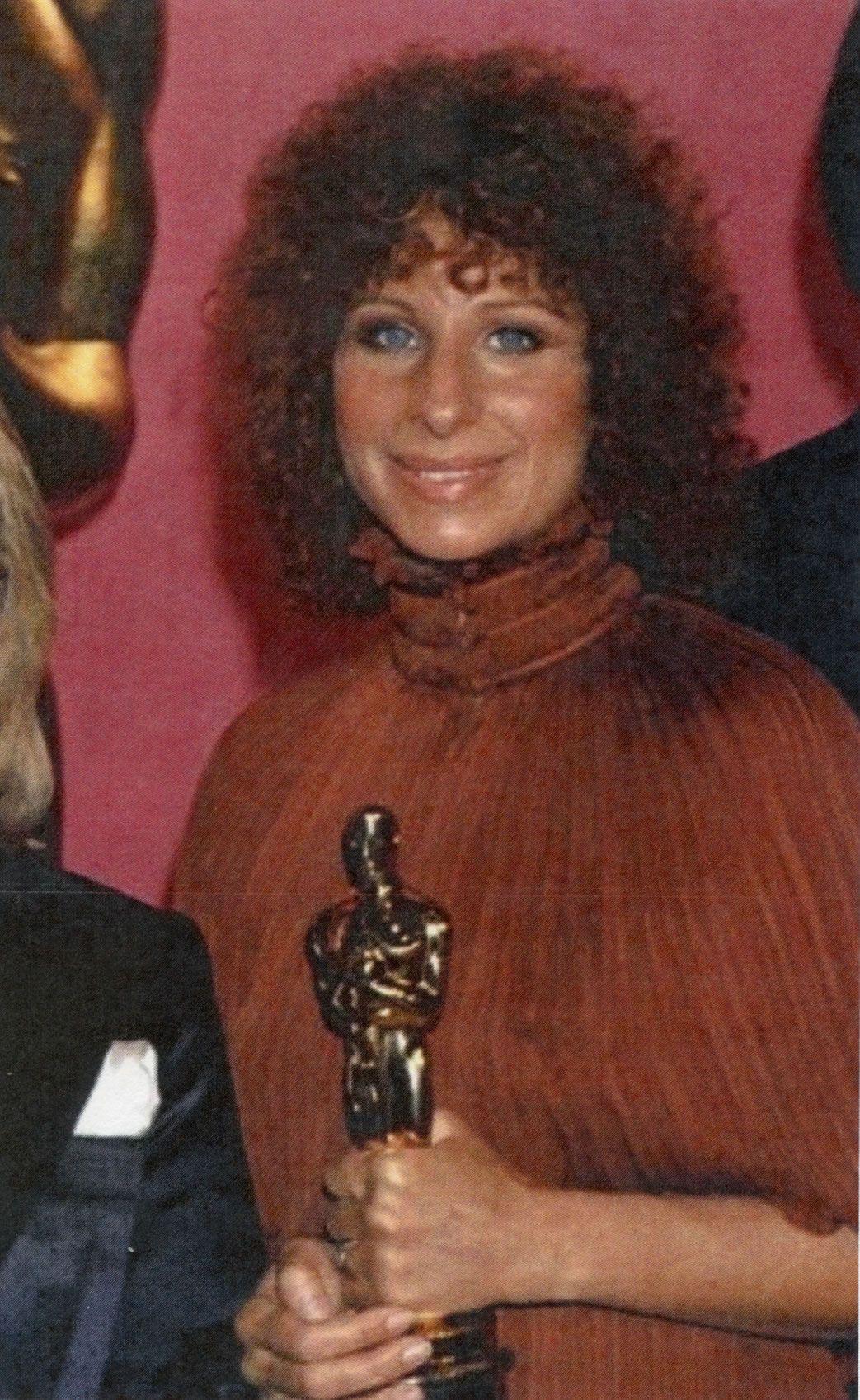Barbra Streisand With Images Barbra Streisand Barbra
