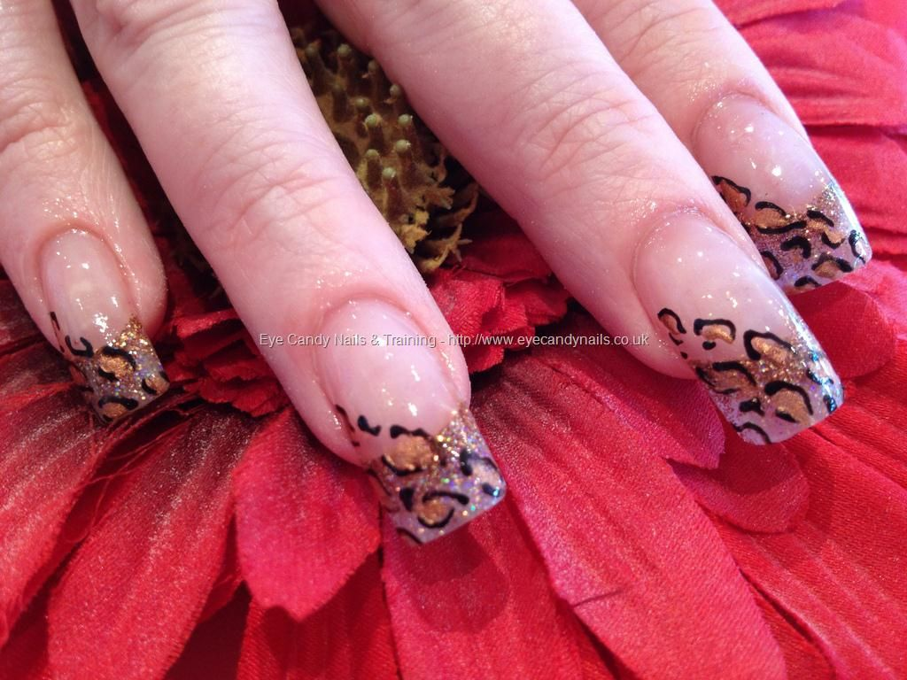 Acrylic glitter fade with freehand nail art nails and toes