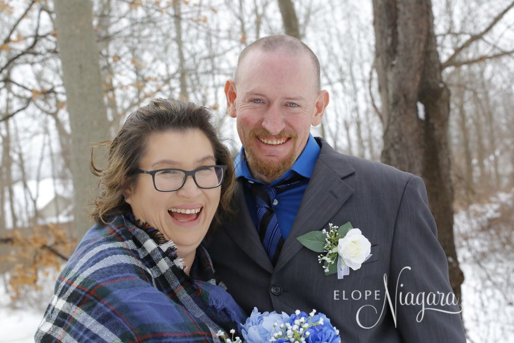 How about a tartan blue shawl for your something blue? why not? Its your day have it your way at The Little Log Wedding Chapel in Niagara where stress-free elopements are our specialty :)