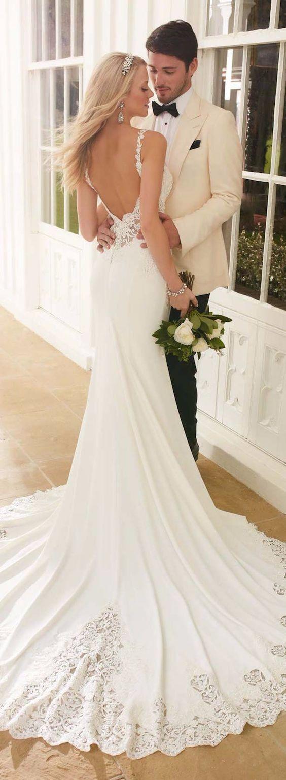 Stilista dà fuoco agli abiti da sposa: