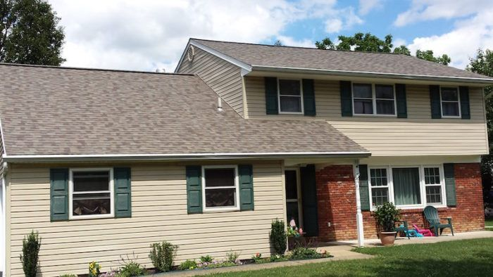 Ferris Roofing Contractors Serves Residential Roofing Customers In The Entire Dallas Fort Worth Metroplex Offering New Co Roof Repair Residential Roofing Roof