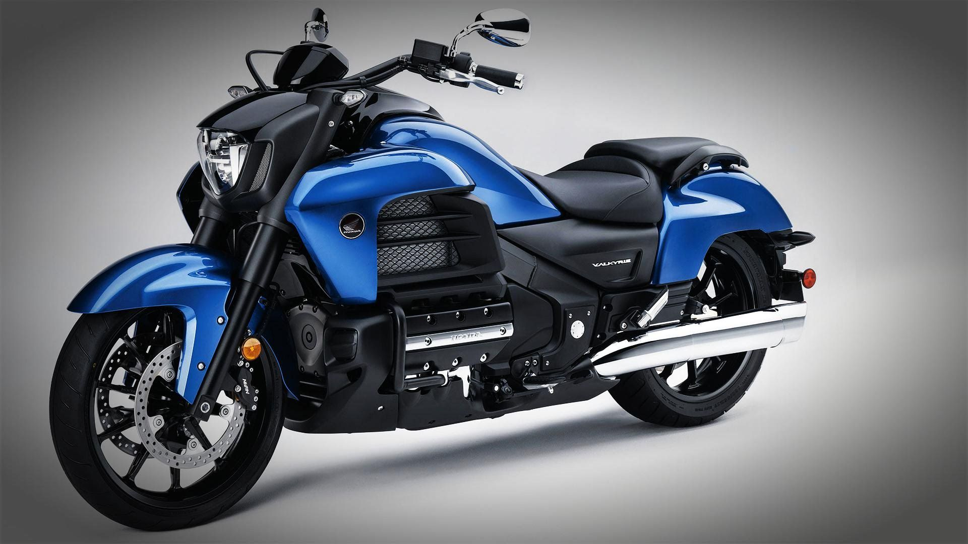 2016 honda goldwing f6c valkyrie more outrageous than any two wheelers on the road