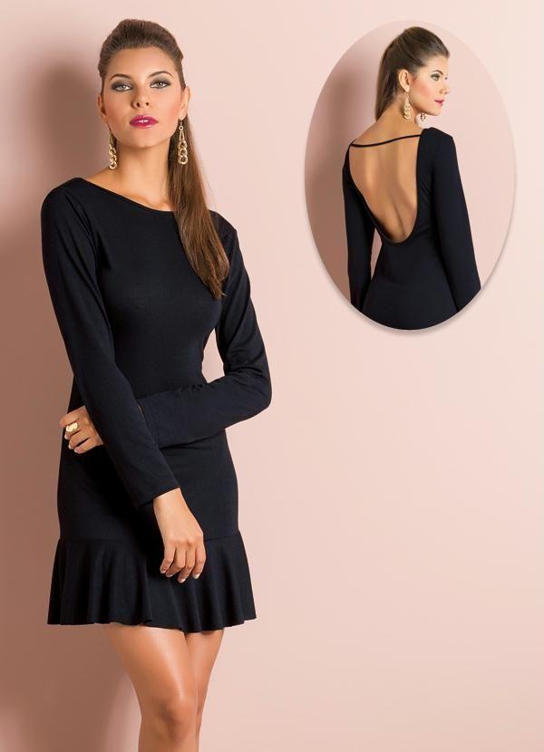 Vestido preto curto decote nas costas