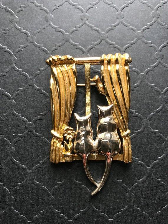 de3c206ce Vintage Signed Liz Claiborne Kitten Cat Brooch Pin, Dimensional Kitty Cat  Mixed Metal Brooch Pin, Tw